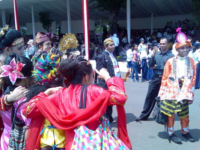 Ethnic and national identities at Istana Negara (1)